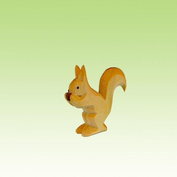 Eichhörnchen mit Nuß
