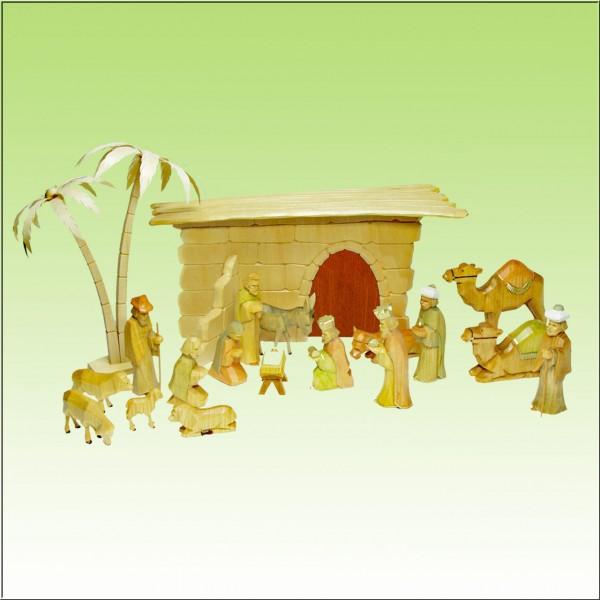 geschnitzte Weihnachtskrippe, 17 Figuren, farbig lasiert, Krippenstall ohne Rinde natur lasiert, und