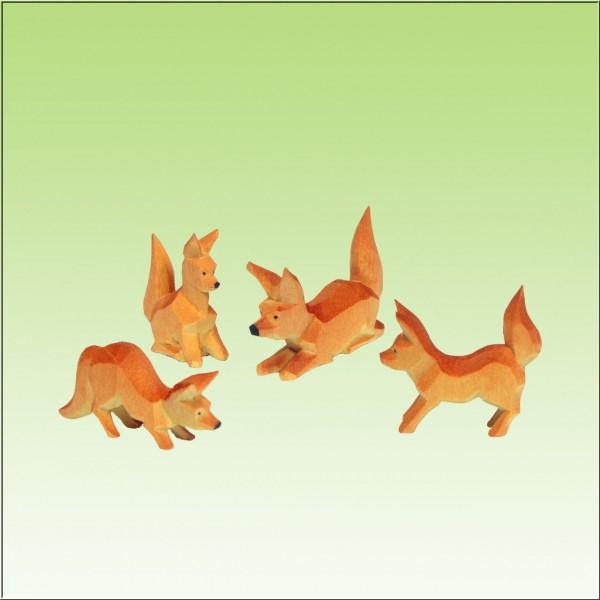 geschnitzte Fuchsgruppe, 3cm, farbig