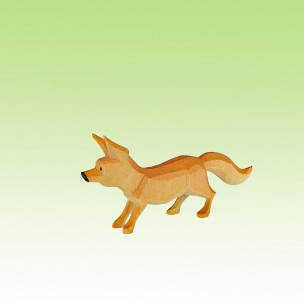 geschnitzer Fuchs, sichernd