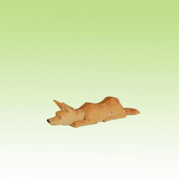 geschnitzter Fuchs, lauernd